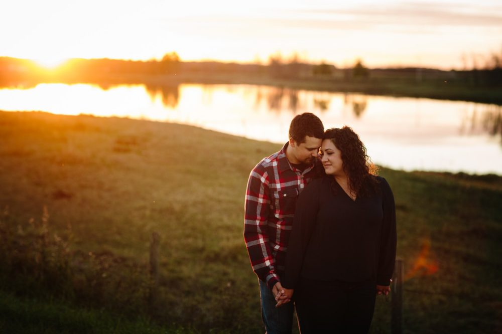 edmonton-engagement-photographer-11
