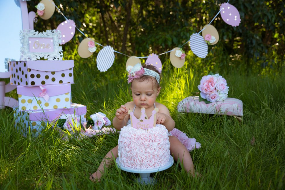 A Little Lady's Outdoor Cake Smash