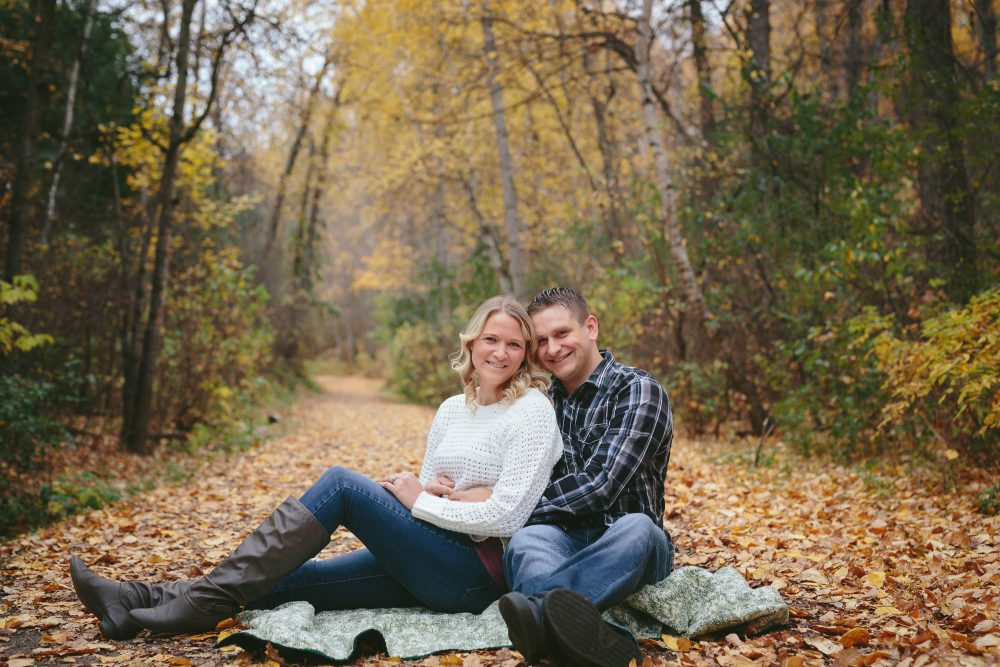 These Beautiful Edmonton Fall Colours | Engagement