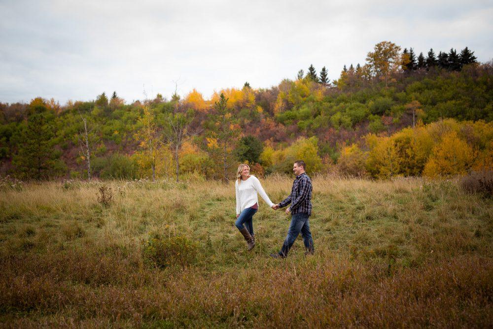 These Beautiful Edmonton Fall Colours | Engagement