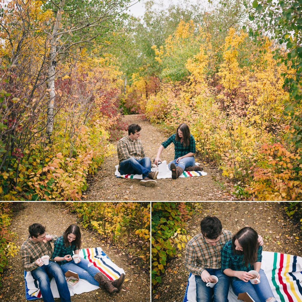 Autumn Engagement Session Hot Chocolate and Cookies