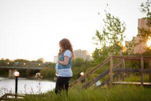 Maternity Photos in Downtown Edmonton