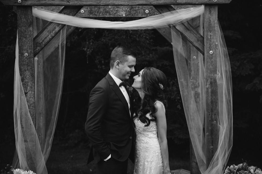 Summer Wedding at the Red Tin Barn