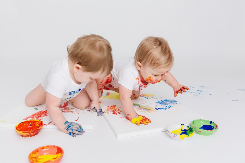 Twins Who Paint
